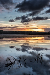 Un matin (Clic Clac 2956) Tags: mer sea reflet reflection bretagne morbihan leverdesoleil sunrise nuage ciel sky cloud paysage landscape