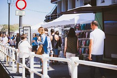 julio-cudillero-zona-del-puerto-de-compras-2 (De tu Sueo y Letra) Tags: mercazoco mercadillo musicaendirecto mascotas mercado ludoteca foodtrucks gastronoma cudillero
