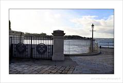 Gateway (PAUL Y-D) Tags: plymouth devonport river sea