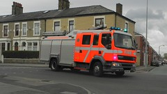 Lancashire Fire & Rescue Service on Call (sab89) Tags: uk blue rescue fire lights blues lancashire vehicle preston service lf emergency 55 leyland daf twos wdt po55 po55wdt
