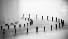 Fontaine du louvre (rmaka) Tags: longexposure blackandwhite paris fountain noiretblanc mai fontaine lelouvre ndfilter d600 poselongue 2013
