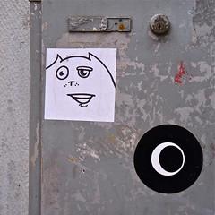 Stickers (Akbar Sim) Tags: streetart sticker stickerart denhaag lastplak akbarsimonse akbarsim