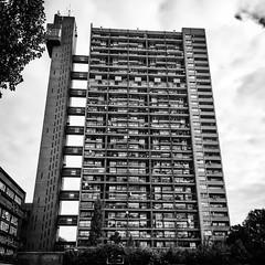 TRELLICK TOWER, WEST LONDON_6996 (wordly images) Tags: trellicktower westlondon ladbrokegrove golbourneroad architecture blackandwhitephotography iconic ern goldfinger highrise apartmentblock