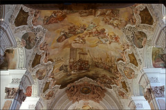 IMG_5799 (pappleany) Tags: pappleany architektur metten bayern kirche kloster church monastery kunst sakralekunst deckengemlde indoor