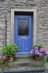 Settle Trip (StevenParsons42) Tags: settle yorkshire market town door pots doorstep