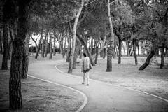 wave. (A.Ayuso) Tags: arbol bwstreetphotography backsides blanconegro calle callejeros candid candidphoto espaa madrid nikon noiretblanc rue streetphotography streetshoot schwarzweiss spain strasse strase street urbana