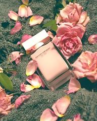 Narciso Rodiguez (linh.trinhhoai) Tags: photoshoots photo photography cosmetic perfume parfum forher rodiguez narciso