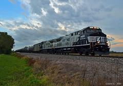 "Westbound Unit Train in East Leavenworth, MO (""Righteous"" Grant G.) Tags: ns norfolk southern railway railroad locomotive train trains west westbound empty unit missouri dc ac conversion mane"