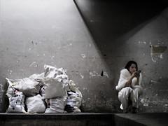 Singapore (ale neri) Tags: street asian woman girl singapore aleneri streetphotography alessandroneri