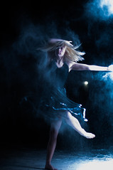 Dancers with Flour  October 2016-9220 (houstonryan) Tags: dancers with flour 2016 october cold dance company utah county coop cooperative photograph photography photographer print art artist moves moving throwing throw ryan houston houstonryan photo pretty movement challenging shots nikon d300s 50mm f14