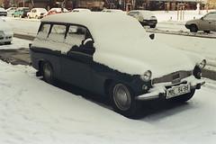 Skoda Octavia Combi (piotr_gaczkowski) Tags: czech czechy czechrepublic skoda mladaboleslaw snow agfavista analog nikon nikionf801s