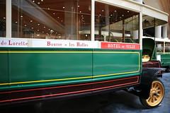 Vieux bus RATP (Alexandre DYMON) Tags: vhicule paris parisien transport naturel colors couleurs ancienbus vieuxbus bus ratp