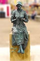 Sewing Woman Bridlington Harbour (psmifffy) Tags: canon 7d tamron 2470 f28 bridlington statue harbour