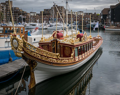Gloriana, the Queen's Rowbarge, St. Katherine's Docks (Bob Radlinski) Tags: england europe greatbritain london stkatherinesdock travel