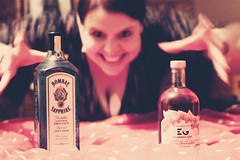 Tipsy Tuesday! (*Vindaloo*) Tags: selfportrait hpad2016 hpad270916 hereios tipsytuesday gin