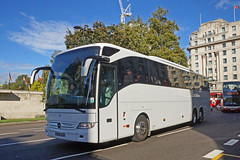 Evo Travel, Acton - BU16 GZK (peco59) Tags: bu16gzk mercedesbenz mercedes tourismom tourismo evotravel psv pcv
