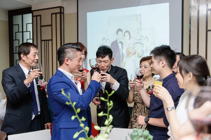 國賓婚攝,台北國賓,國賓飯店婚宴,新秘Miko ,婚攝小勇,台北婚攝, 愛瑞思新娘秘書造型團隊,西敏英國手工婚紗,小寶工作室-071
