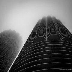 Chicago skyline in the mist (Paul Perton) Tags: chicago fuji fuji23mmf14 usa xpro2 blackandwhite bw mist sky skyline square street urban