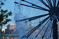 Kanada (Look @ Life) Tags: kanada canada british columbia vancouver city stadt metropole fountain brunnen water spritzer wasser drops