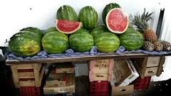 delicias (luyunes) Tags: frutas melancia mercado mercadorias riodejaneiro motomaxx luciayunes cobal