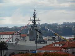 12 de Octubre, Fiesta Nacional de Espaa. (lumog37) Tags: barcos ships bandera flags flag