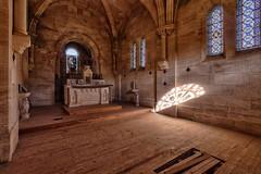 Éventail flamboyant... (ElfeMarie) Tags: église chapelle abandonnée oubliée lost decay vitraux lumières urbex