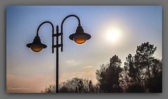 TRES FAROLAS. (manxelalvarez) Tags: farolas farol luces alumbrado