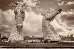 "The Kelpies V • <a style=""font-size:0.8em;"" href=""http://www.flickr.com/photos/53908815@N02/30407244355/"" target=""_blank"">View on Flickr</a>"