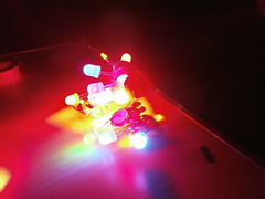 Crab and Throwies (Smortfelly) Tags: led faire maker dover throwies makerfaire minimakerfaire