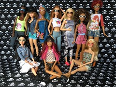 Girls are going to a festival.... (Gavapillar) Tags: barbietall barbiepetite barbiecurvy barbiestyle barbiebasics barbiefashionista barbiesoinstyle mbili goddess raquelle teresa chandra barbie