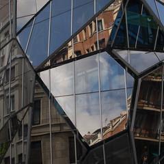sanidad (Cosimo Matteini) Tags: cosimomatteini ep5 olympus pen m43 mft mzuiko1442mm bilbao architecture glass reflections fragmented basquehealthdepartmentheadquarters departamentodesanidaddelgobiernovasco collbarreoarquitectos sanidad