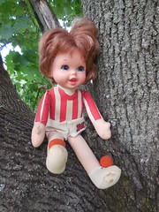 Talking University of Nebraska Doll (neshachan) Tags: universityofnebraska talkingdoll vintage football cheerleader blackshirts huskers cornhuskers collectible vintagedoll mattel sistersmalltalk smalltalkdoll clothdoll 1960s