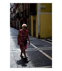 5576 (Roco Wittib_) Tags: street streetphotography urban calle color pampl pamplona irua nava navarra