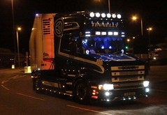 Tinnelly T Cab Scania. (fannyfadams) Tags: tinnelly scania164l tcab 4series torpedo bullnose conventional lorry wagon irish ireland night holyhead anglesey northwales uk a55