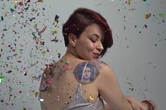 _DSC0200 (jozhycardona) Tags: model modelo inked girl red hair photoshoot honduras photography greatshot confetti fun colorfull colores globos cintas vestidos fashion tattoos tatuajes inspired funny umbrella estudio photostudio colors