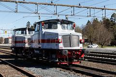 Z65 203 och 204, Hllefors 2016-05-05 (Michael Erhardsson) Tags: hllefors 2016 station bangrd vr maj jrnvg z65 lokomotor 203 204 tgab bergslagsbanan bj