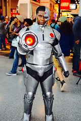 DSC_0230 (Randsom) Tags: nycc 2016 newyorkcomiccon nycomiccon javitscenter october nyc newyorkcity cosplay costume fun comicbooks comicconvention dccomics batmanfamily justiceleague jla teentitans titans youngjustice teen africanamerican cyborg