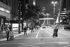 EvanIshida_Jornal01Set-14 (Evan Ishida) Tags: sopaulo so paulo sp sampa saopaulo brazil brasil jornalismo fotojornalismo journalism ato manifestao protesto direitos civis cidadania cidado povo fotgrafos rua paulista avenida foratemer diretas policiais policia police escudo gas lacrimogeneo bombas capacete mascara helicoptero aguia pb bw pretoebranco blackandwhite street urban press midia news politics politica
