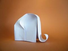 White Elephant - Beth Johnson (Rui.Roda) Tags: origami papiroflexia papierfalten elefante white elephant beth johnson