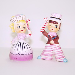 Enesco Sweet Shoppe Cupcake and Candy Cane Girl and Boy Salt and Pepper Shakers (filigreefairy) Tags: enesco sweetshoppe cupcake candycane saltandpeppershakers christmas holiday madeinjapan ceramic vintage collectibles girl boy