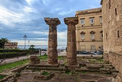 Colonne Doriche (Antonio Ciriello PhotoEos) Tags: taranto puglia apulia italia italy doric columns doriccolums tempio temple canoneos600d canon eos600d 600d rebelt3i tokina 1116