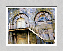 Step up... (PAUL Y-D) Tags: royalwilliamyard plymouth royalnavalvictuallingdepot windows staircase steps rusty building
