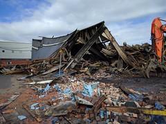 Leeds Warehouse Fire (Mad_m4tty) Tags: leeds fire warehouse whitehall road twisted metal burned