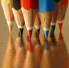 ballerinas - Macro Mondays - PPEP (Luana 0201) Tags: macromondays ppep pencils colors reflection gold