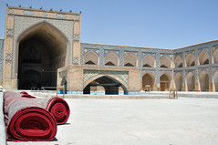 Mosque du Vendredi (mop plaer) Tags: iran perse persia ispahan isfahan esfahan mosque mosque religion god dieu islam musulman muslim carpet tapis