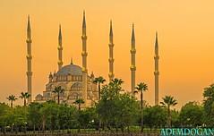 ADANA SABANCI MERKEZ CAMII (01dgn) Tags: adana merkez camii sabancicamii merkezcamii mosque moschee turkey trkei trkiye sunset sky colors