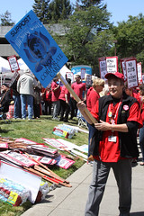 Sutter Strike - Alta Bates (calnursesphotos) Tags: union strike rn cna altabatessummitmedicalcenter californianursesassociation sutterhealth rnstrike