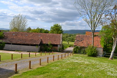 "View of the outbuildings from the cottage • <a style=""font-size:0.8em;"" href=""http://www.flickr.com/photos/76114232@N04/8931430010/"" target=""_blank"">View on Flickr</a>"