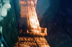 Des souvenirs doux-amers. (N. S. Lavay) Tags: paris france tower film analog europe tour eiffel