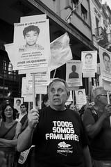 Uruguay por Ayotzinapa (sofagonzlez) Tags: mxico uruguay montevideo desaparecidos 43 plazaindependencia terrorismodeestado normalistas ayotzinapa embajadademxico vivosselosllevaronvivoslosqueremos